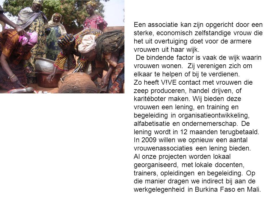 Een voorbeeld van zo'n associatie is Association Mamourou Kousesse, uit de wijk Dioulassoba, met als Presidente Aminata Sanou De groep bestaat uit 35 vrouwen Zij drijven handel.