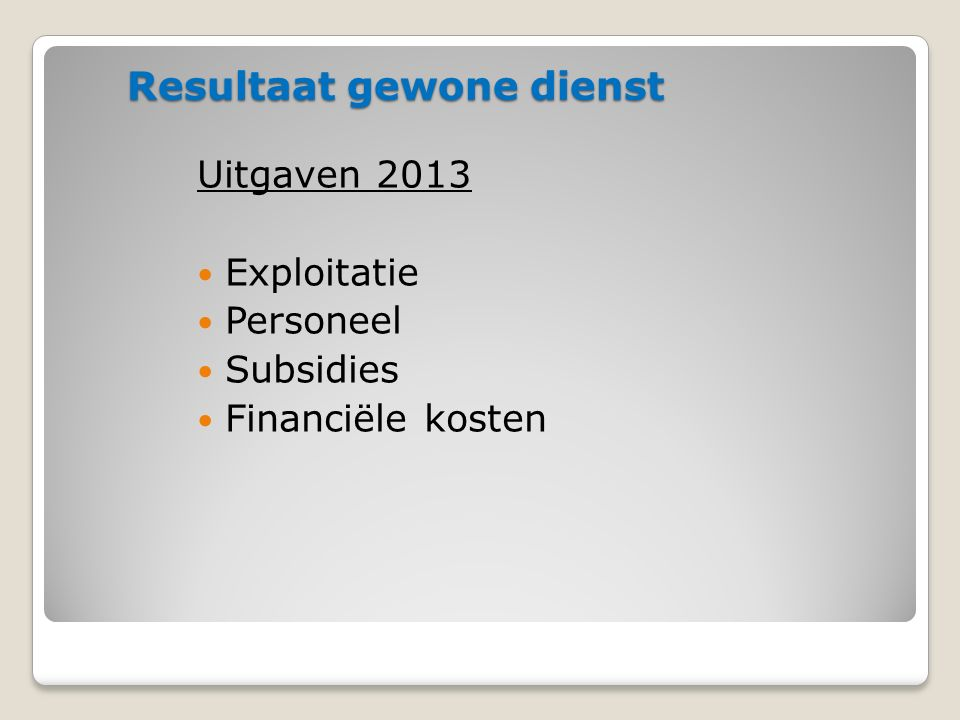 Exploitatie uitgaven: Naast de vaste kosten, een aantal diversen Asfaltlaag Trapstraat en Steenweg Bellingen (137.850 € ) Slemafdichting Grasmeerstraat (11.274 € ) en Grote Baan (26.851 € ) Gasleiding Zaal de Kring ( 3.634 € ) Herstelling gevel Kinderschuur ( 3.146 € ) Consultancy herinrichting Bib ( 4.719 € ) Vervanging dakvensters gemeentehuis ( 4.206 € ) Herstel poort Loods ( 3.019 € ) 33,4 % van de uitgaven of 1.640.860 €