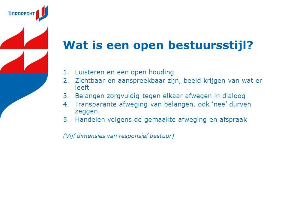 Wat is een open bestuursstijl.
