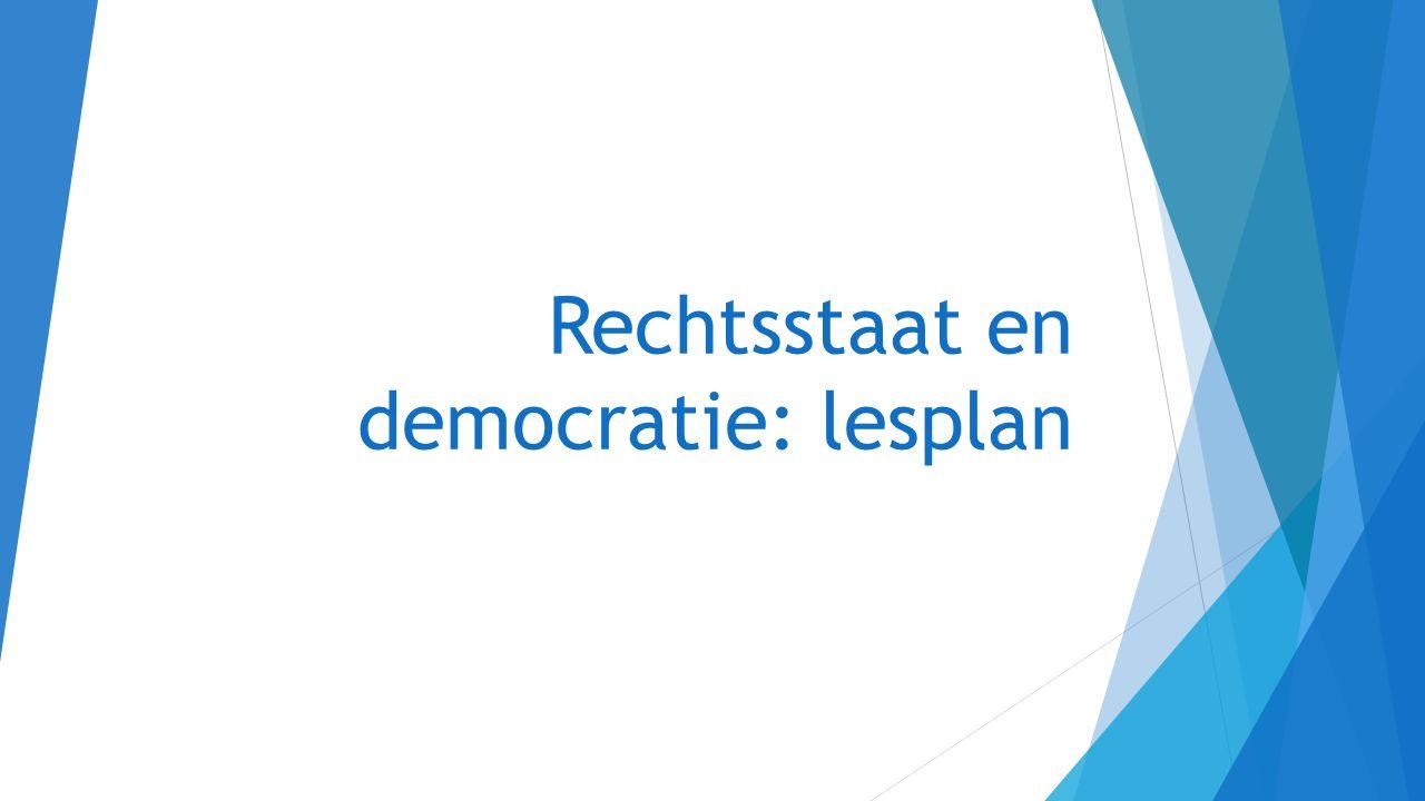 Tot 1848:  Republiek (hoofdlijnen): KA Opstand in de Nederlanden KA De bijzondere plaats in staatkundig opzicht van de Republiek  Bataafse revolutie en Franse tijd KA De democratische revolutie in westerse landen met als gevolg discussies over grondwetten, grondrechten en staatsburgerschap  Het koninkrijk der Nederlanden tot 1848 Zie http://vavo.elosite.nl/elo/file.php/6/rechtsstaat_en_democratie1.1_en_1.2.ppt