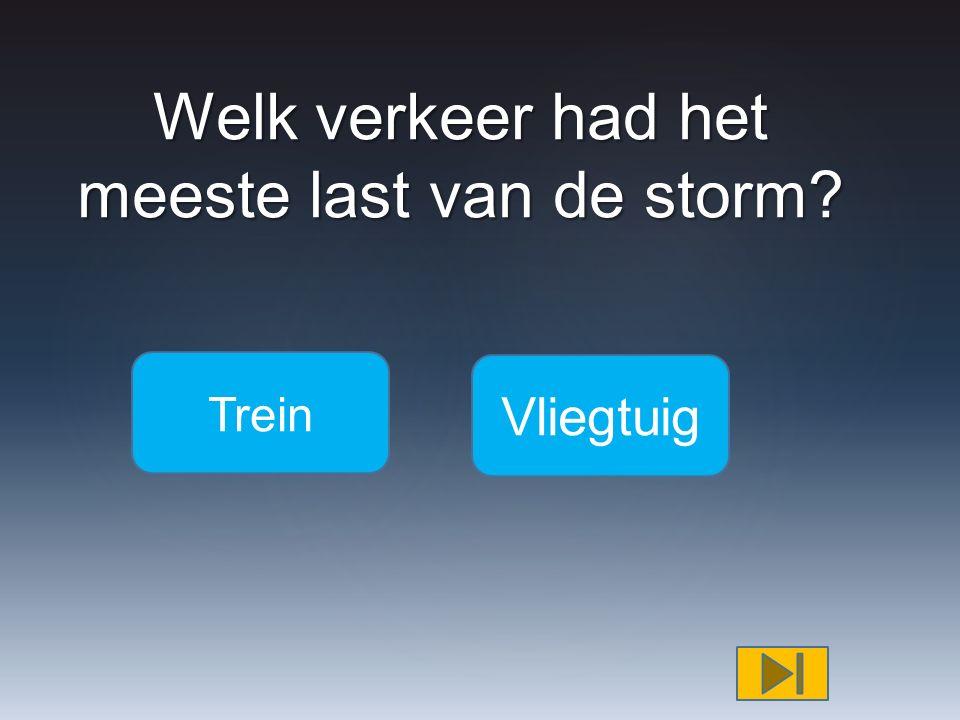 In welke stad kwam iemand om het leven door een omvallende boom Amsterda m Den Haag