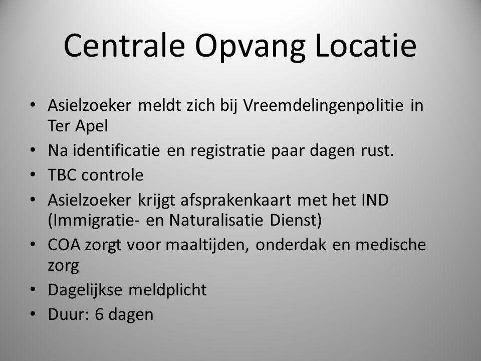 Centrale Opvang Locatie Asielzoeker meldt zich bij Vreemdelingenpolitie in Ter Apel Na identificatie en registratie paar dagen rust. TBC controle Asie