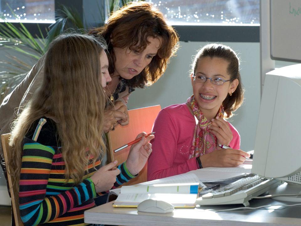 Identiteit Fundament van onderwijsvisie Zingeving in je leven Sfeer en persoonlijke relaties Normen en waarden Acties goede doelen Informatieavond VO