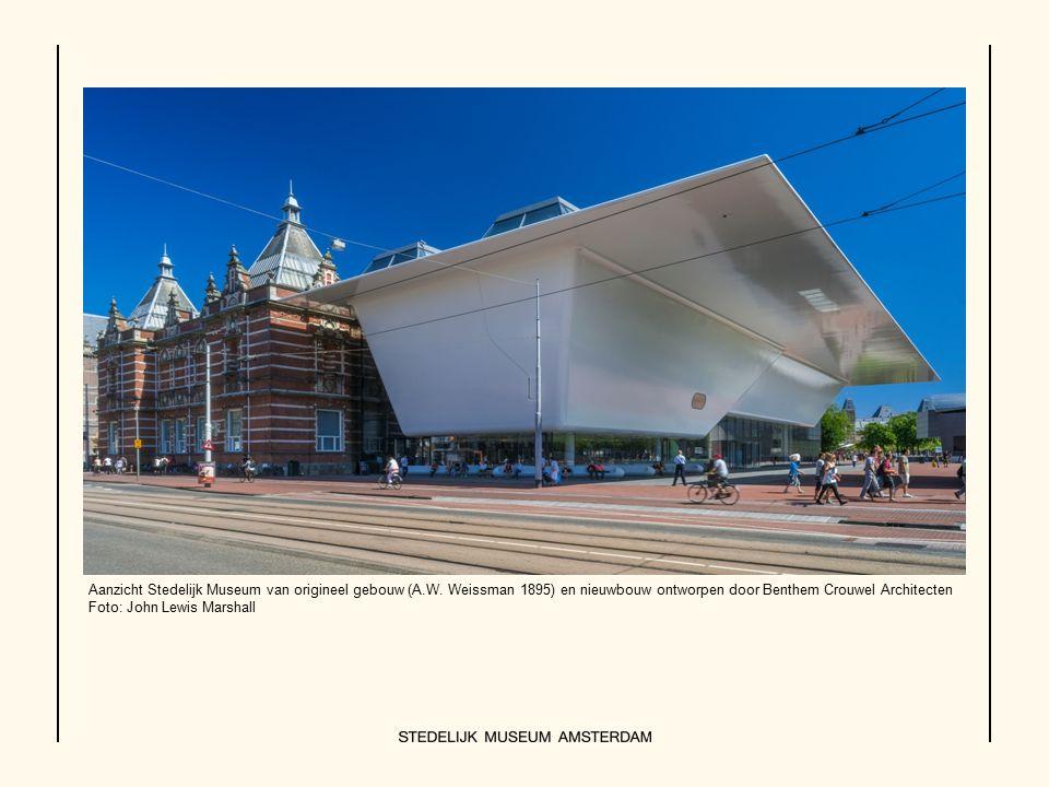 Aanzicht Stedelijk Museum van origineel gebouw (A.W.
