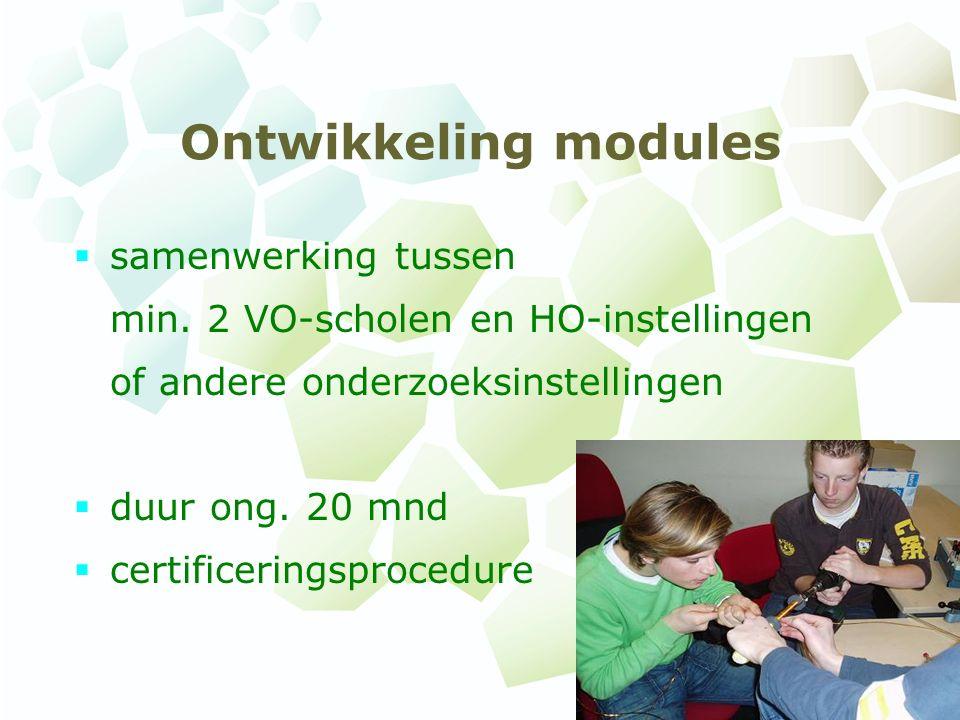 Ontwikkeling modules  samenwerking tussen min.