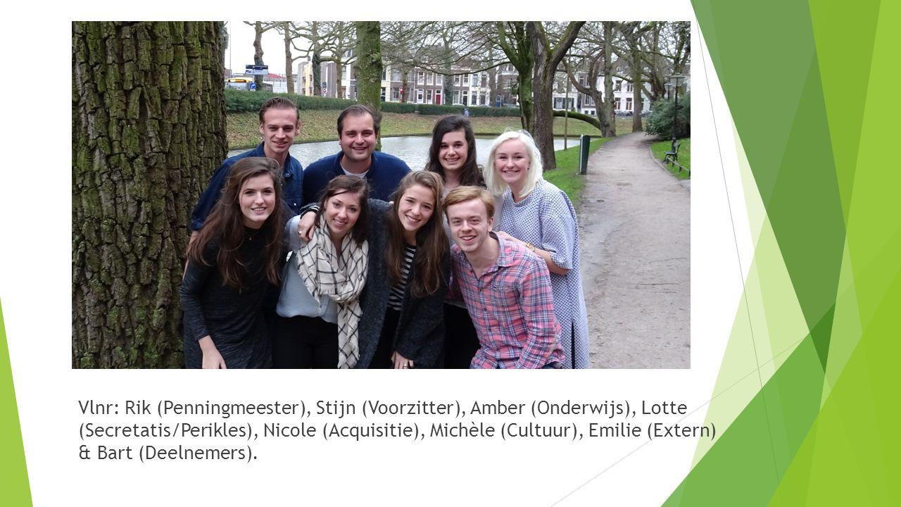 Vlnr: Rik (Penningmeester), Stijn (Voorzitter), Amber (Onderwijs), Lotte (Secretatis/Perikles), Nicole (Acquisitie), Michèle (Cultuur), Emilie (Extern) & Bart (Deelnemers).