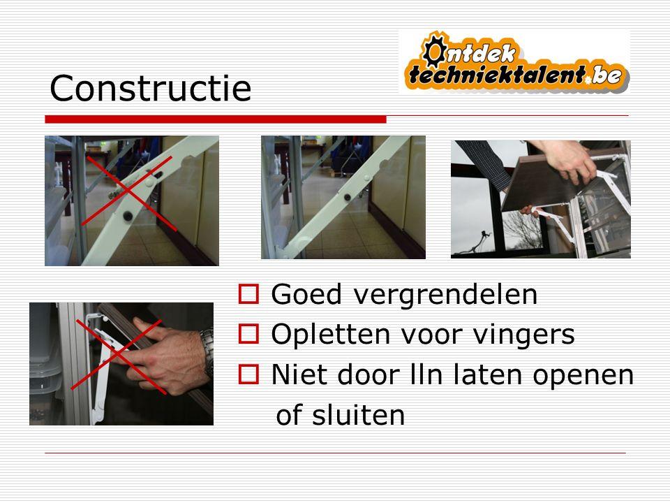 Elektriciteit  Voedingsstekker insteken in een stopcontact met aarding en aardwachter.