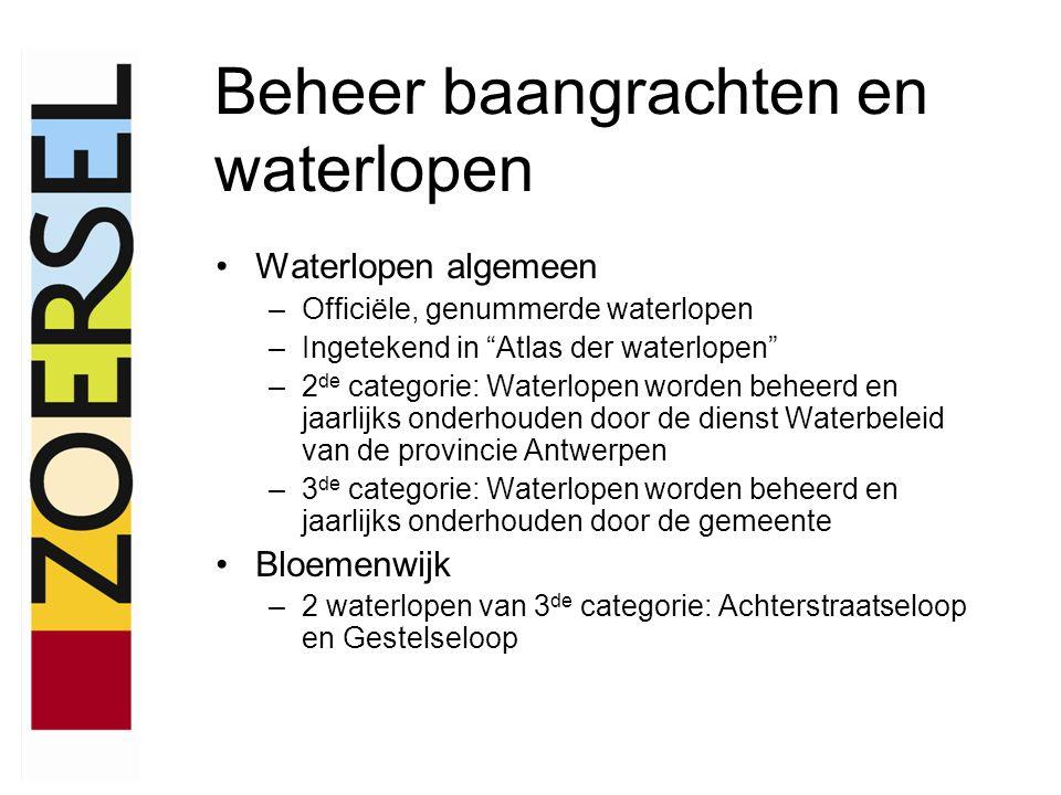 Waterlopen algemeen –Officiële, genummerde waterlopen –Ingetekend in Atlas der waterlopen –2 de categorie: Waterlopen worden beheerd en jaarlijks onderhouden door de dienst Waterbeleid van de provincie Antwerpen –3 de categorie: Waterlopen worden beheerd en jaarlijks onderhouden door de gemeente Bloemenwijk –2 waterlopen van 3 de categorie: Achterstraatseloop en Gestelseloop