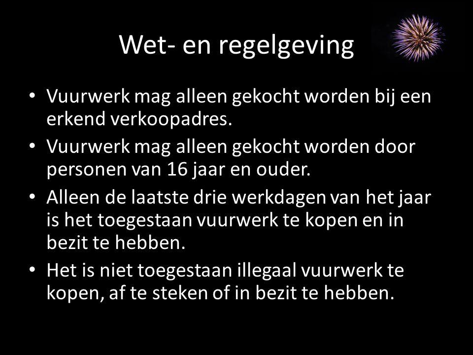 Wet- en regelgeving (2) Vuurwerk mag alleen worden afgestoken op de wettelijk toegestane tijden.