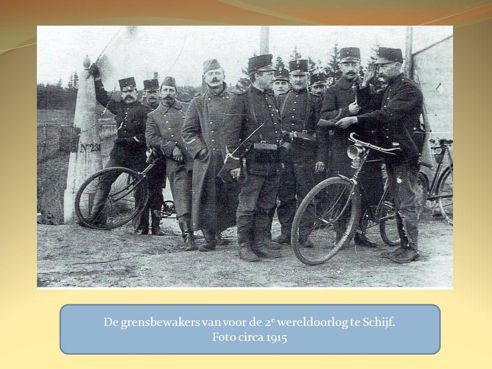 De grensbewakers van voor de 2 e wereldoorlog te Schijf. Foto circa 1915
