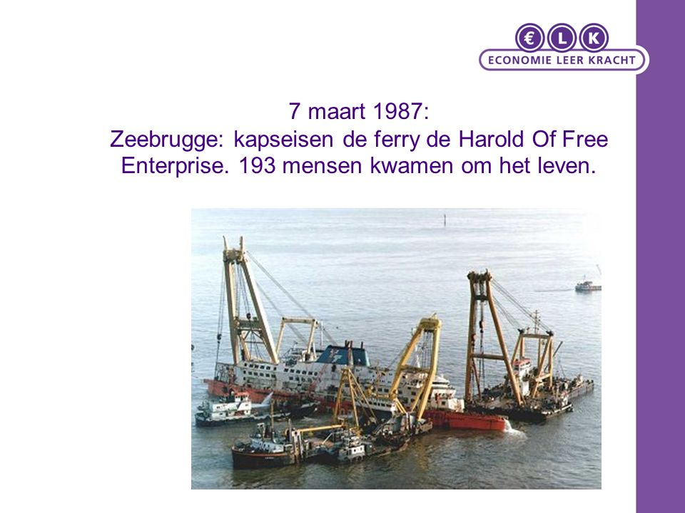 7 maart 1987: Zeebrugge: kapseisen de ferry de Harold Of Free Enterprise.
