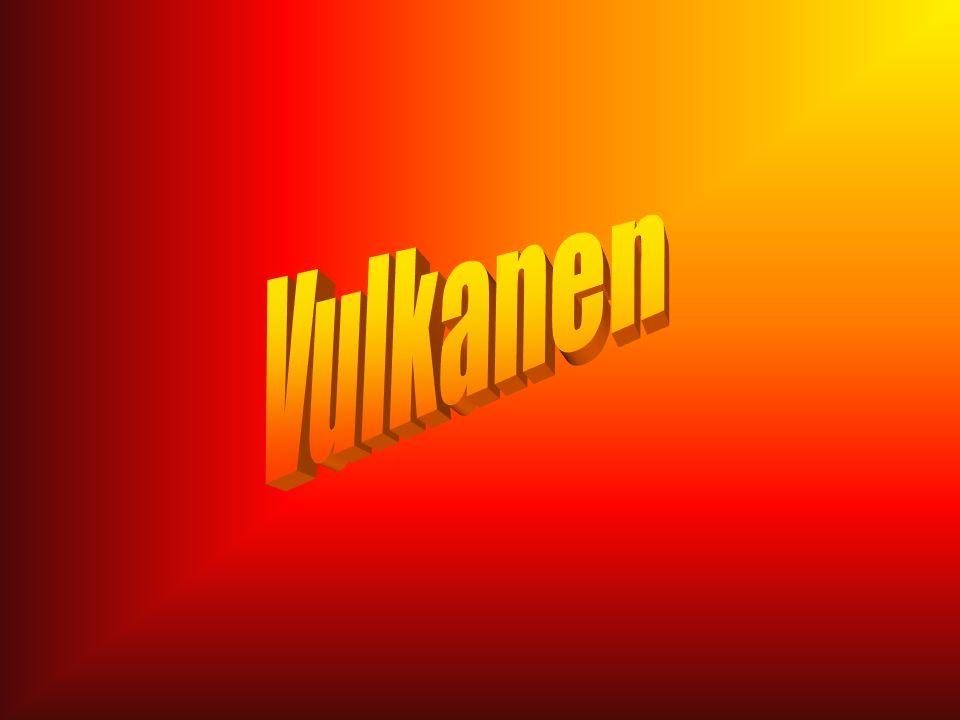 Werkstuk Emma Bakker12 Hekla Ligging: IJsland Stratovulkaan die in een spleetzone ligt