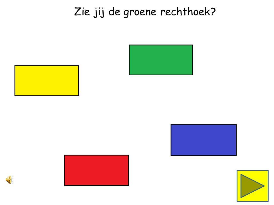 De ketting wordt steeds langer. De rode, gele, blauwe en groene driehoeken zitten er nu ook aan.