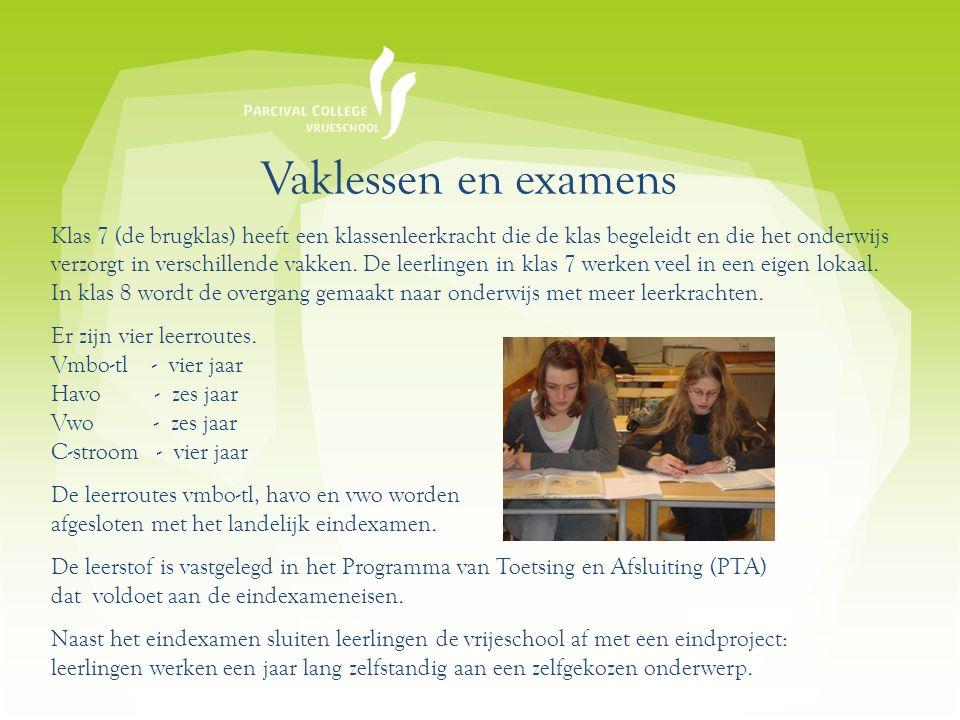 Vaklessen en examens Klas 7 (de brugklas) heeft een klassenleerkracht die de klas begeleidt en die het onderwijs verzorgt in verschillende vakken.