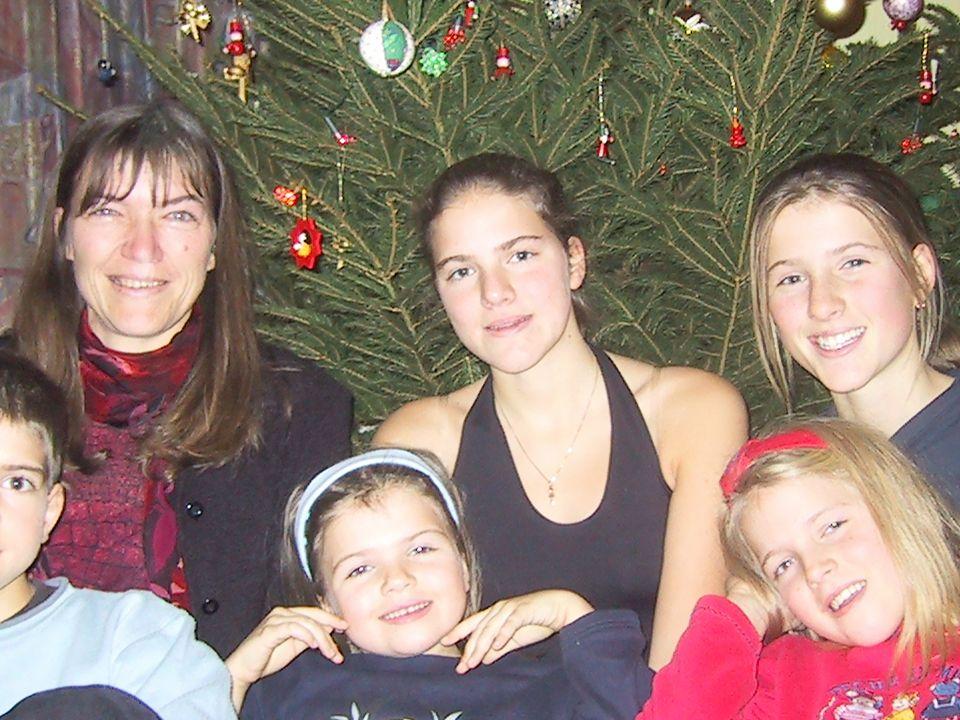 AV VAP werkgroep Vrouw & Universiteit, 18 maart, 2003 Family photo Christmas 2001