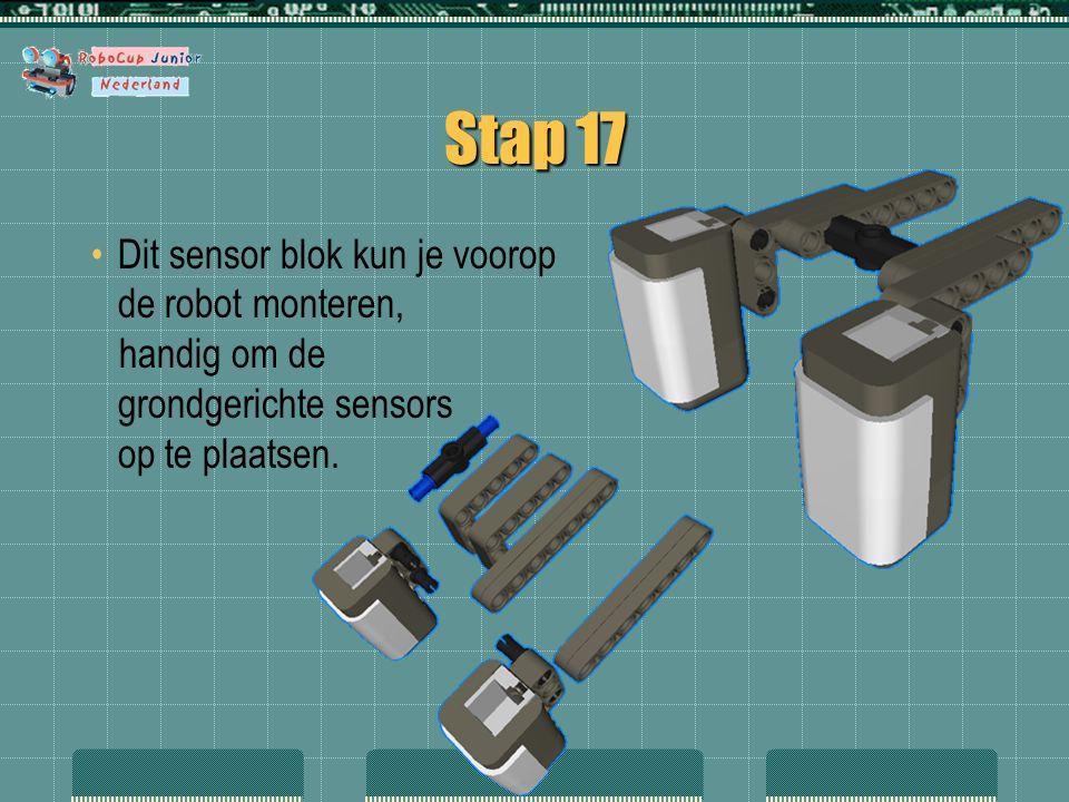 Stap 17 Dit sensor blok kun je voorop de robot monteren, handig om de grondgerichte sensors op te plaatsen.
