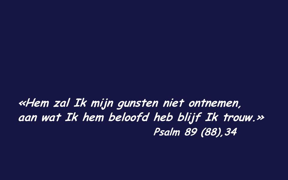 Joh 8,1-11 In die tijd begaf Jezus zich naar de Olijfberg. 's Morgens vroeg verscheen Hij weer in de tempel en al het volk kwam naar Hem toe. Hij ging