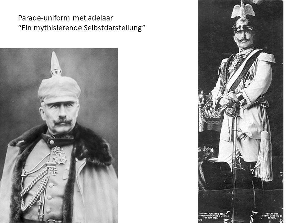 Parade-uniform met adelaar Ein mythisierende Selbstdarstellung