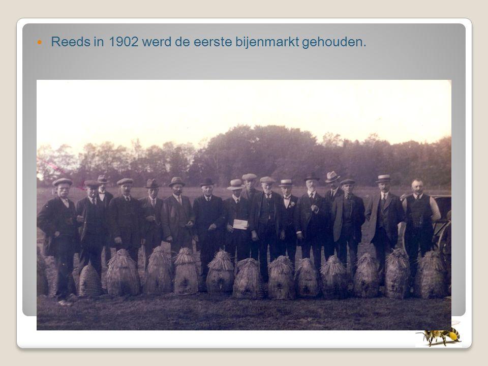 Reeds in 1902 werd de eerste bijenmarkt gehouden.