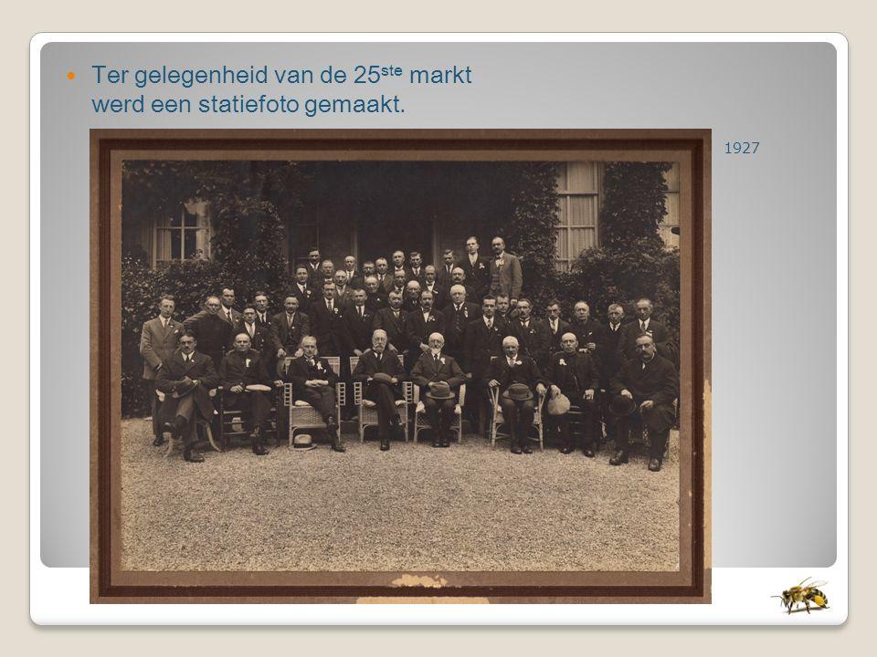 Ter gelegenheid van de 25 ste markt werd een statiefoto gemaakt. 1927