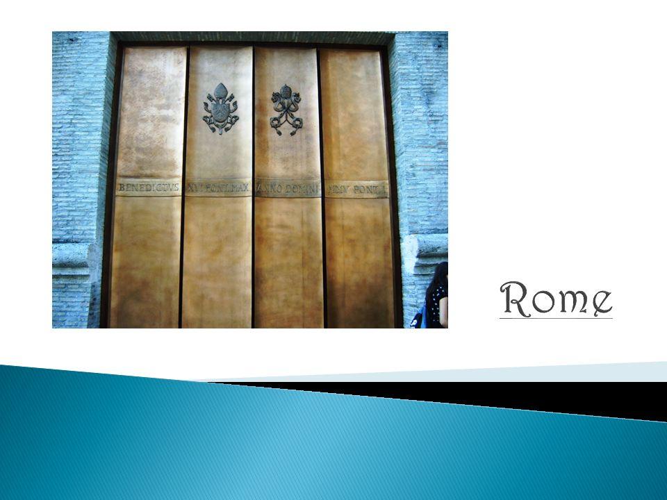  Hoofdstad: Rome  Munteenheid: euro  Landstaal: Italiaans  Oppervlakte: 301 230 km²  Religie: Rooms-katholiek  Bevolking: 58 miljoen inwoners  Hoofdstad: Rome
