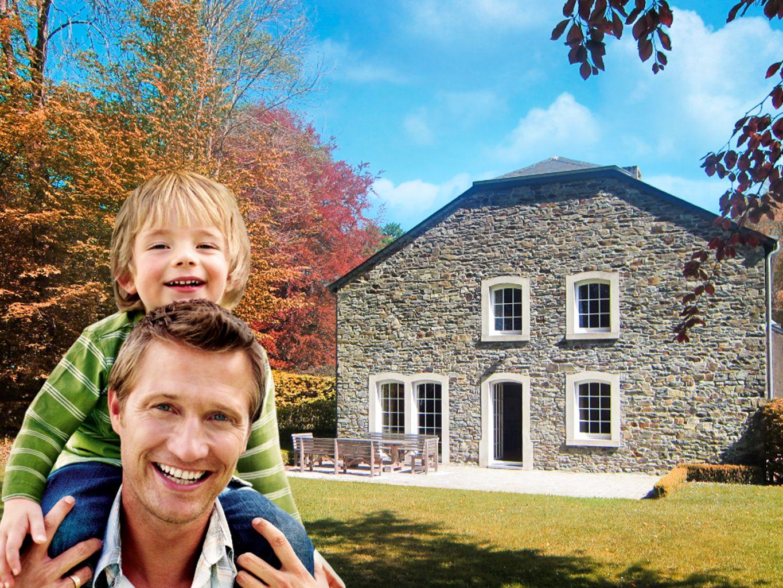Belvilla - aanbod vakantiewoningen Unieke vakantiewoningen, ideale omgeving, aantrekkelijke prijs Typische, regiogebonden woningen Villa's, wintersportchalets, appartementen, maar ook buitengewone woningen