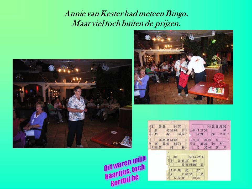 Tineke van de Linden heeft als enige van onze groep een prijs gewonnen.
