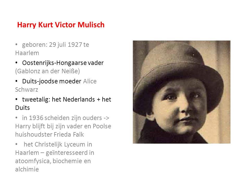 De Tweede Wereldoorlog & zijn vader directeur van de nazibank Lippman- Rosenthal & Co hield zijn joodse ex-vrouw en zijn zoon uit de handen van de Duitsers na de oorlog: collaborateur -> 3 jaar in een interneringskamp groot- en overgrootmoeder van moeders kant werden in 1943 naar concentratiekampen weggevoerd Ik ben de Tweede Wereldoorlog sterke invloed op hem en zijn schrijverschap in september 1944 stopte hij met school en werd een autodidact werkte als typist (alleen 4 weken!) in de jaren 50 verhuisde hij naar Amsterdam -> society-figuur -> schrijver