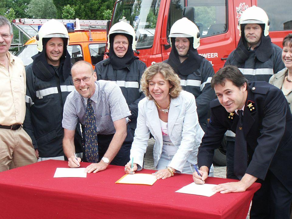 2006: uitbreiding kader en aanwerving brandweermannen voor post Sint Antonius