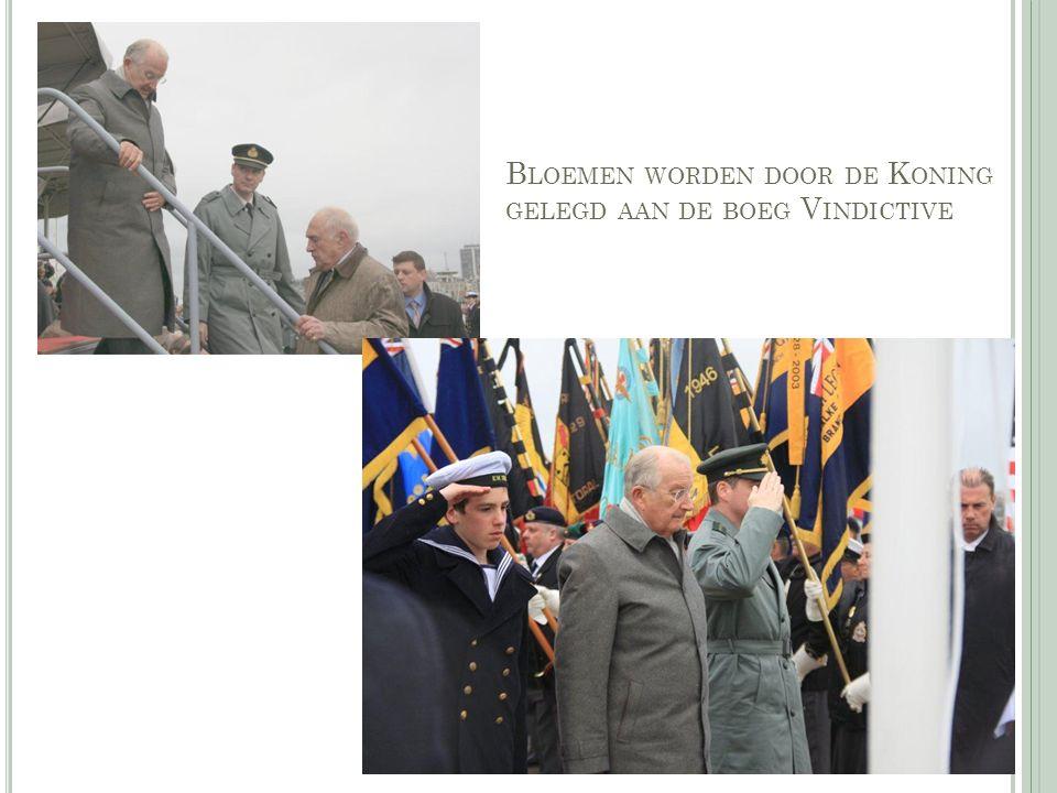 B LOEMEN WORDEN DOOR DE K ONING GELEGD AAN DE BOEG V INDICTIVE