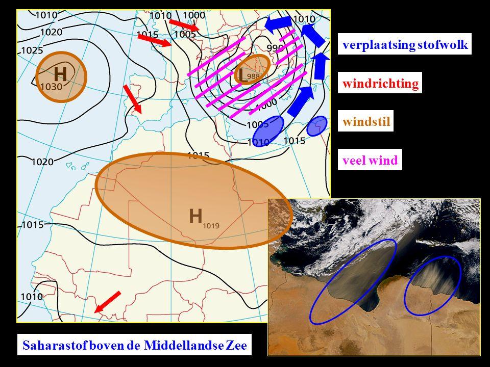 Saharastof boven de Middellandse Zee verplaatsing stofwolk windrichting windstil veel wind