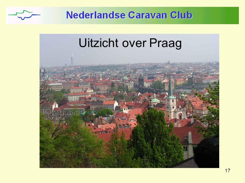 17 Uitzicht over Praag