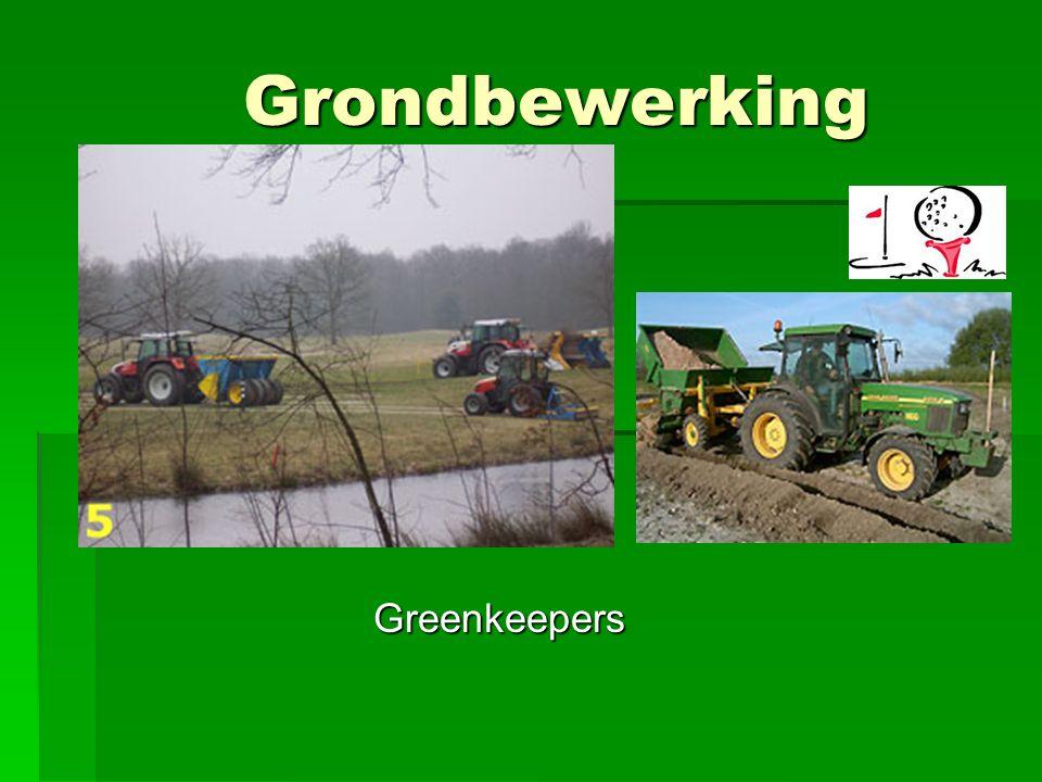 Inzet machines/ werktuigen  De keuze wordt bepaald door -in veel gevallen een combinatie- van de volgende factoren:  De grondsoort en draagkracht van de bodem.