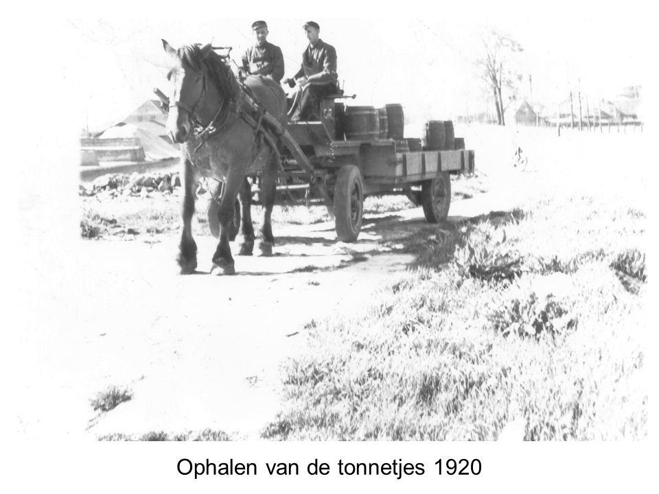 Ophalen van de tonnetjes 1920