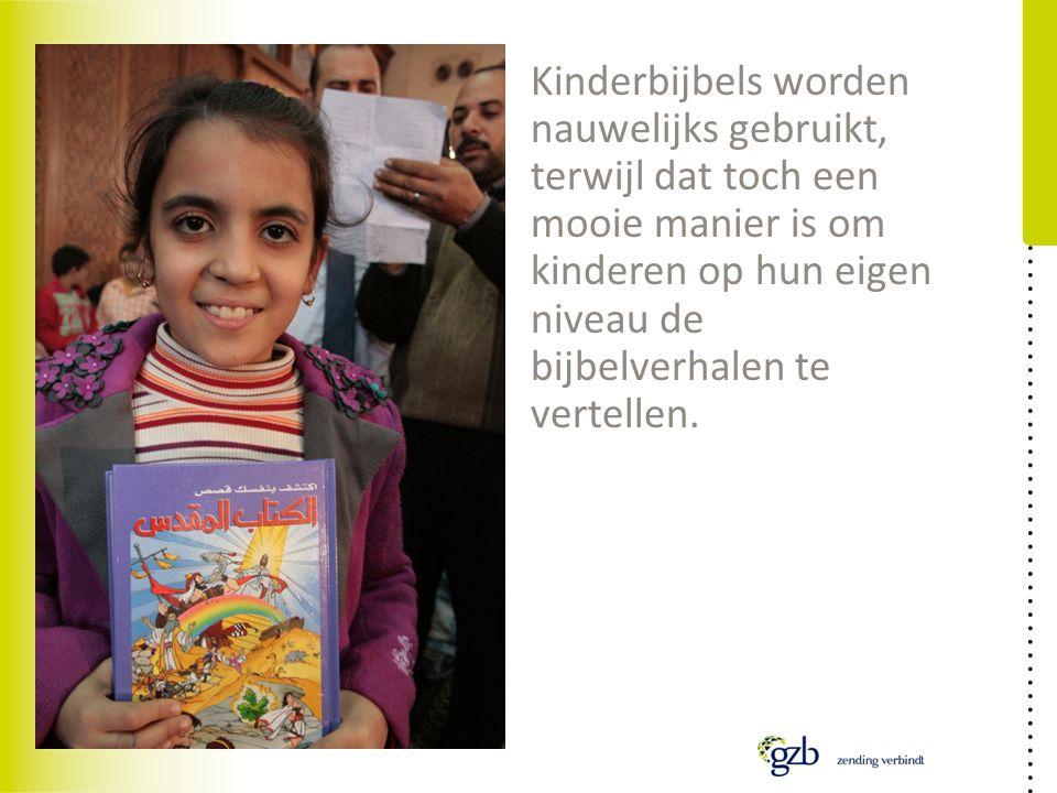 Kinderbijbels worden nauwelijks gebruikt, terwijl dat toch een mooie manier is om kinderen op hun eigen niveau de bijbelverhalen te vertellen.