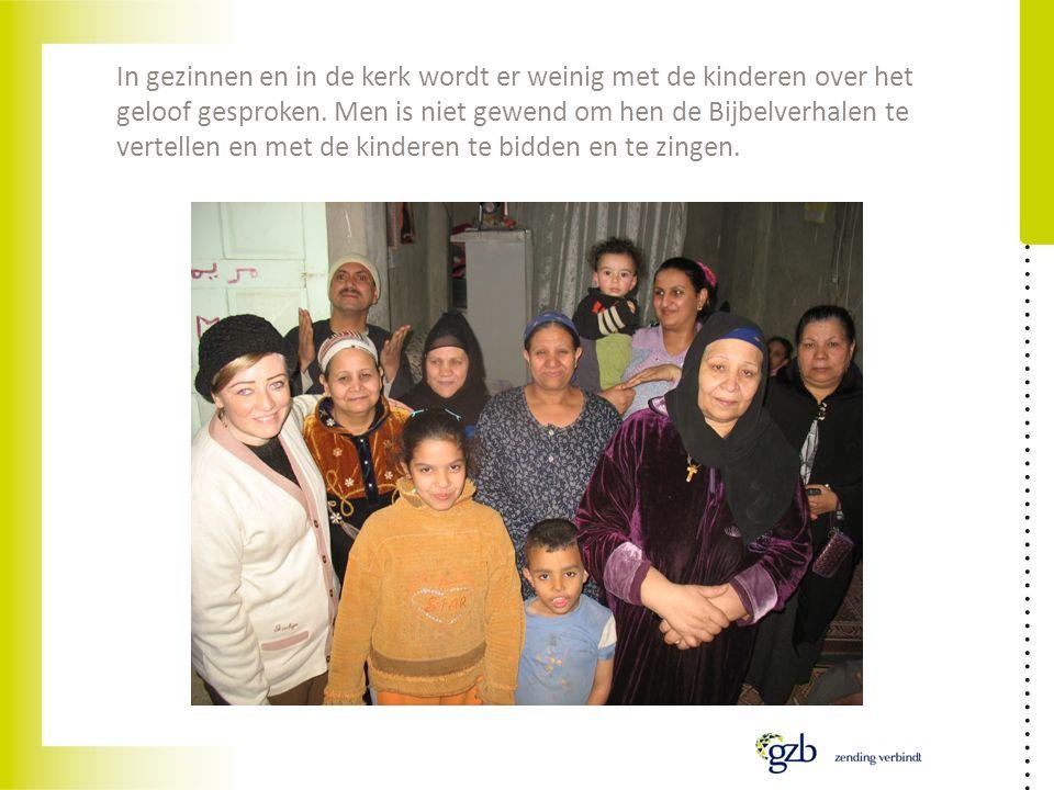 In gezinnen en in de kerk wordt er weinig met de kinderen over het geloof gesproken. Men is niet gewend om hen de Bijbelverhalen te vertellen en met d