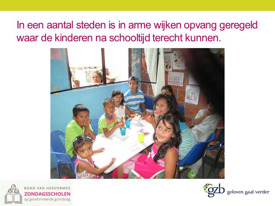 De kinderen komen vaak uit gebroken gezinnen en hebben nogal eens te maken met geweld en verslaving.