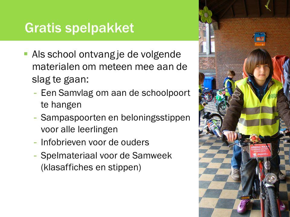 Gratis spelpakket  Als school ontvang je de volgende materialen om meteen mee aan de slag te gaan: - Een Samvlag om aan de schoolpoort te hangen - Sa