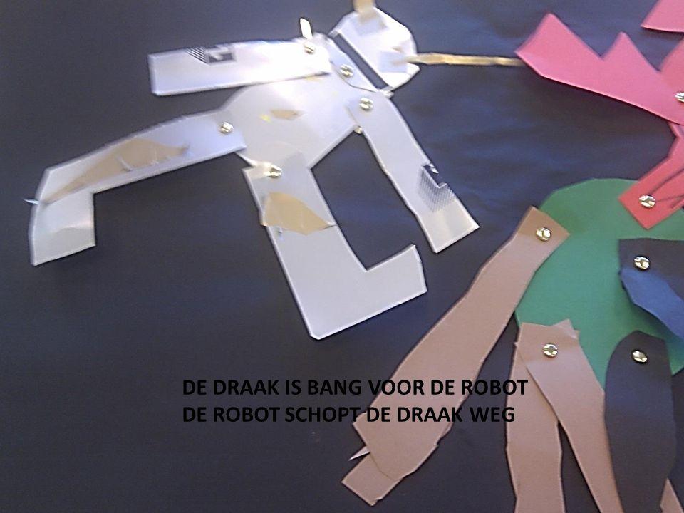 DE DRAAK IS BANG VOOR DE ROBOT DE ROBOT SCHOPT DE DRAAK WEG