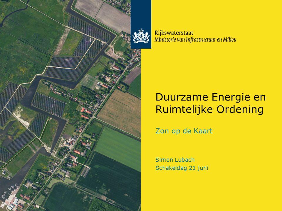 Rijkswaterstaat 12Zon op de Kaart RWS BEDRIJFSINFORMATIE Ontwikkelingen Duurzame Energie RWS Energiestrategie: RWS stelt areaal open voor winning duurzame energie –Gebouwen; –Terreinen; –Water; Ambitie 2030: Energie neutrale netwerken
