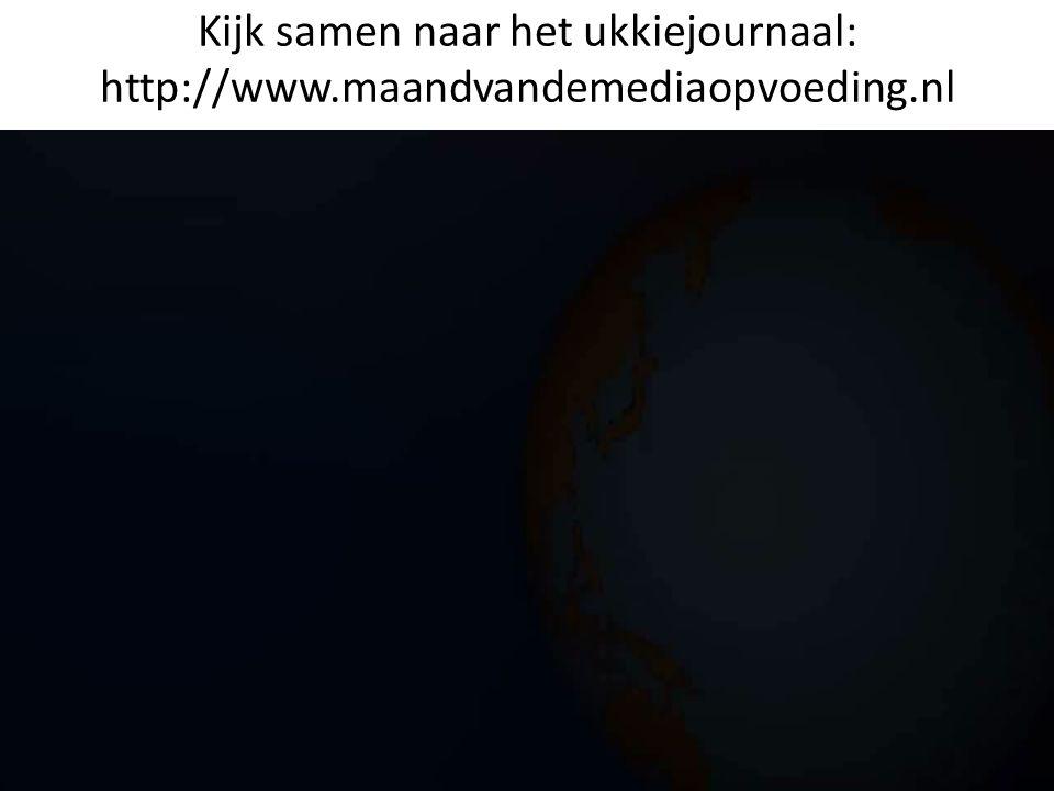 Kijk samen naar het ukkiejournaal: http://www.maandvandemediaopvoeding.nl