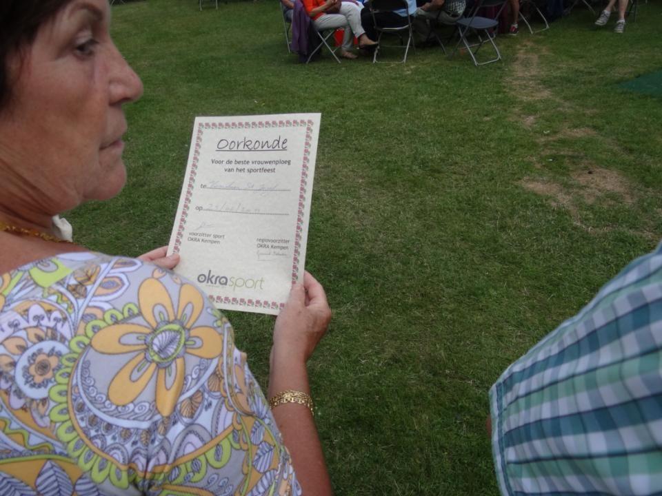 De vertegenwoordigster van de vrouwenploeg van Kasterlee