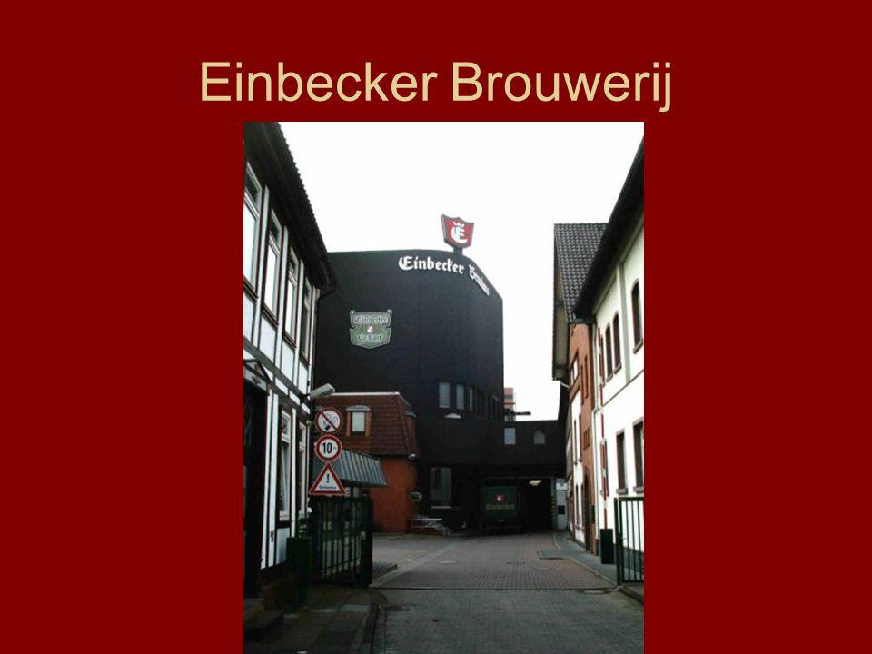 Einbecker Brouwerij:Einbecker Herkomst:Einbeck (Duitsland) Type:Bock bier Gistsoort:Laaggistend Alcoholpercentage:6,5%