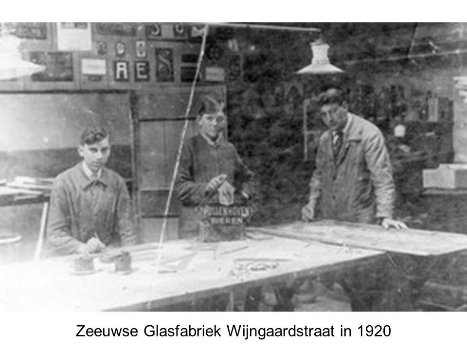 Zeeuwse Glasfabriek Wijngaardstraat in 1920