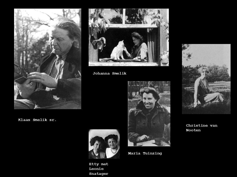 Spier-jaren (1941-1942) Psychochiroloog Julius Spier, Etty's mentor Han Wegerif, eigenaar van het huis waar Etty woonde De Spierkring; Henny Tideman, Adri Holm, Etty en Julius Spier
