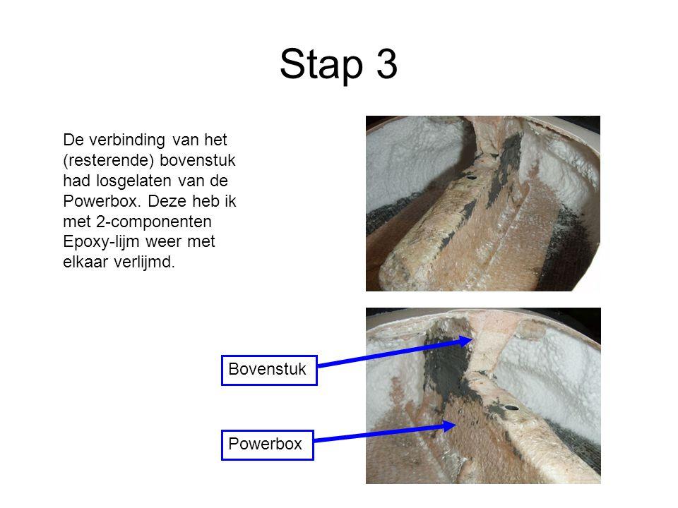 Stap 3 De verbinding van het (resterende) bovenstuk had losgelaten van de Powerbox.