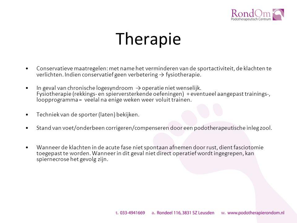 Therapie Conservatieve maatregelen: met name het verminderen van de sportactiviteit, de klachten te verlichten.