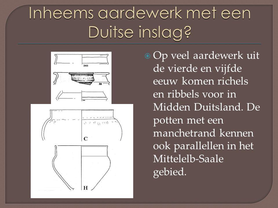  Op veel aardewerk uit de vierde en vijfde eeuw komen richels en ribbels voor in Midden Duitsland.