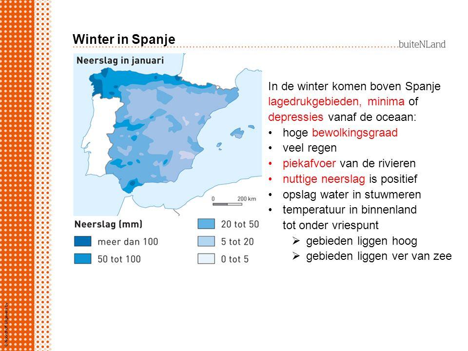 Winter in Spanje In de winter komen boven Spanje lagedrukgebieden, minima of depressies vanaf de oceaan: hoge bewolkingsgraad veel regen piekafvoer va