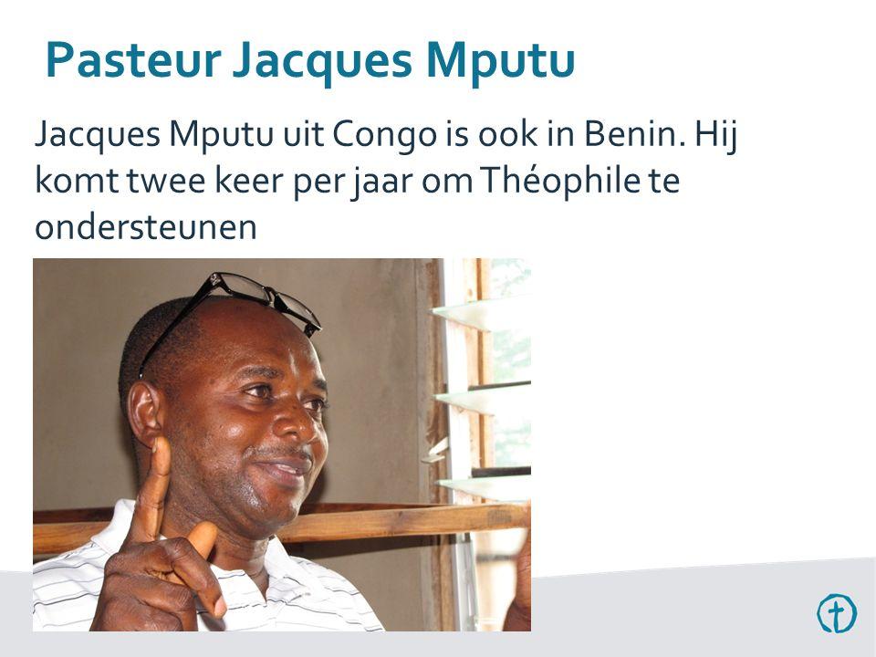Pasteur Jacques Mputu Jacques Mputu uit Congo is ook in Benin.